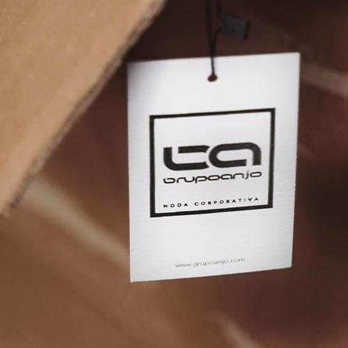 Foto de la noticia Grupo Anjo, uniformes de imagen y moda corporativa: el almacén :: Grupo Anjo, Uniformes de Moda, Diseños exclusivos indumentaria laboral
