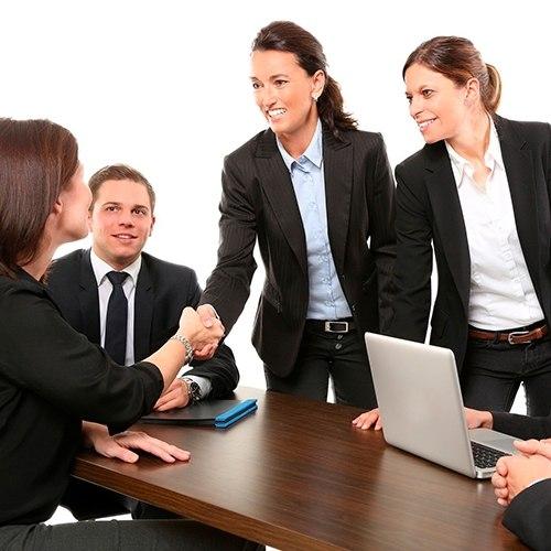 Foto de la noticia ¿Cómo escoger el uniforme laboral de mi negocio? Nosotros te ayudamos :: Grupo Anjo, Uniformes de Moda, Diseños exclusivos indumentaria laboral