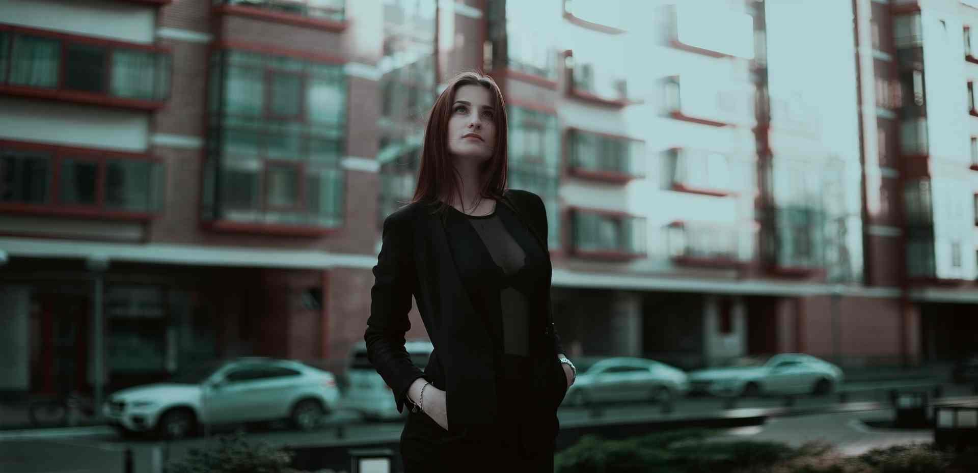 Foto de la noticia Consideraciones a la hora de acudir al trabajo con tu vestuario laboral :: Grupo Anjo, Uniformes de Moda, Diseños exclusivos indumentaria laboral