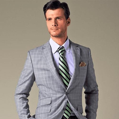 Foto de la noticia Errores a la hora de combinar tu uniforme laboral :: Grupo Anjo, Uniformes de Moda, Diseños exclusivos indumentaria laboral